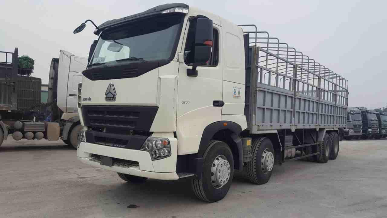 Xe tải thùng Howo A7 371